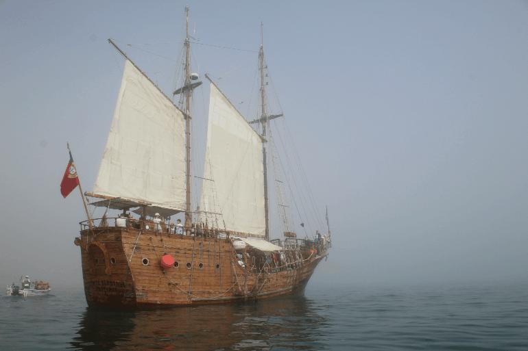 Piratenschiff Höhlentour Algarve