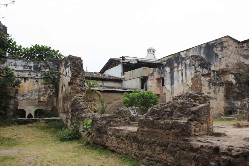 Im Klostergarten in Antigua Guatemala