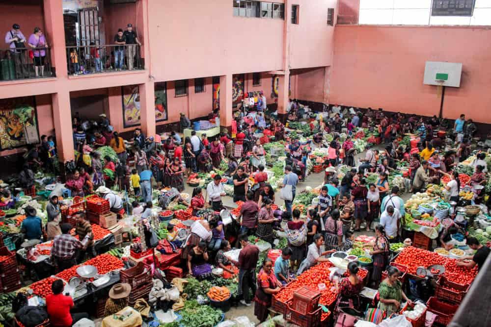 Marktszene Chichicastenango