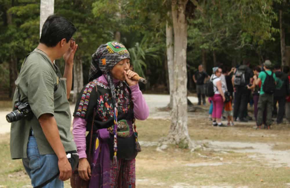 Schamanin in Tikal