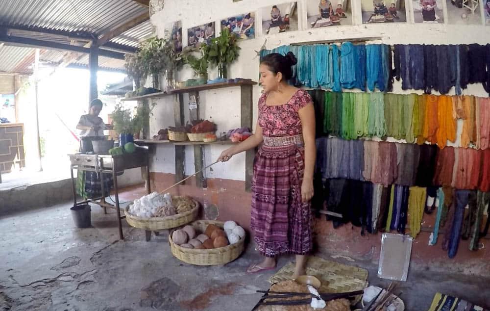 Traveling Guatemala Lago de Atitlan