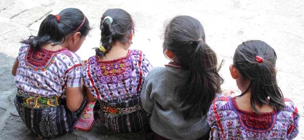 Vier Maya-Schülerinnen