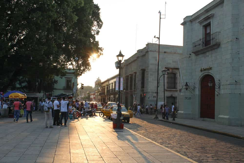 Oaxaca Zócolo im Sonnenuntergang