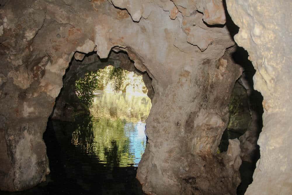 Spiegelung Höhle Quinta da Regaleira