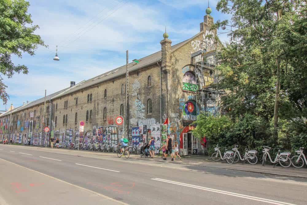 Am Eingang zu Christiania