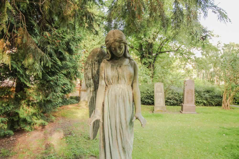 Friedhof Kopenhagen Engel