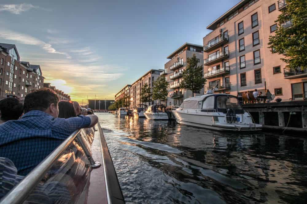 Sonnenuntergang Canal Tour