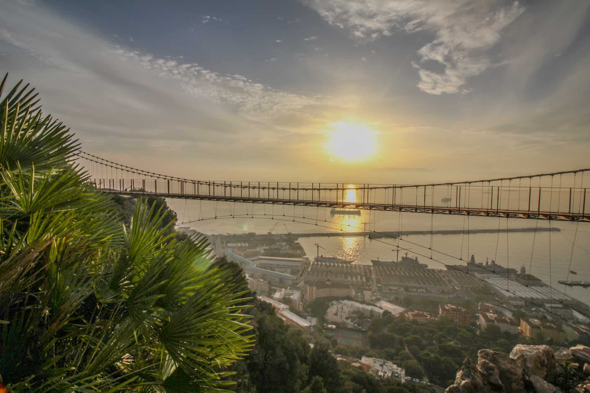 Hängebrücke von vorn