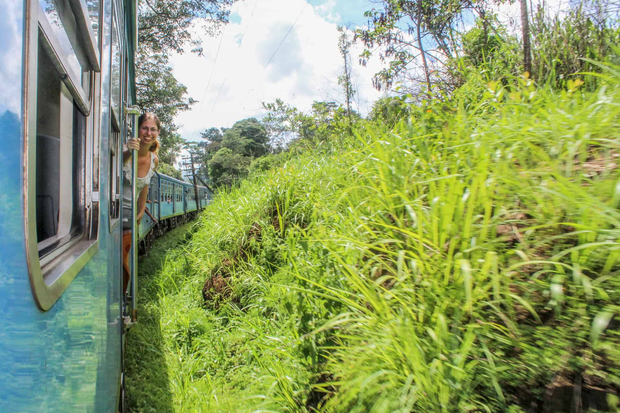 Im Zug in Sri Lanka – Auf dem Weg zum Adams Peak