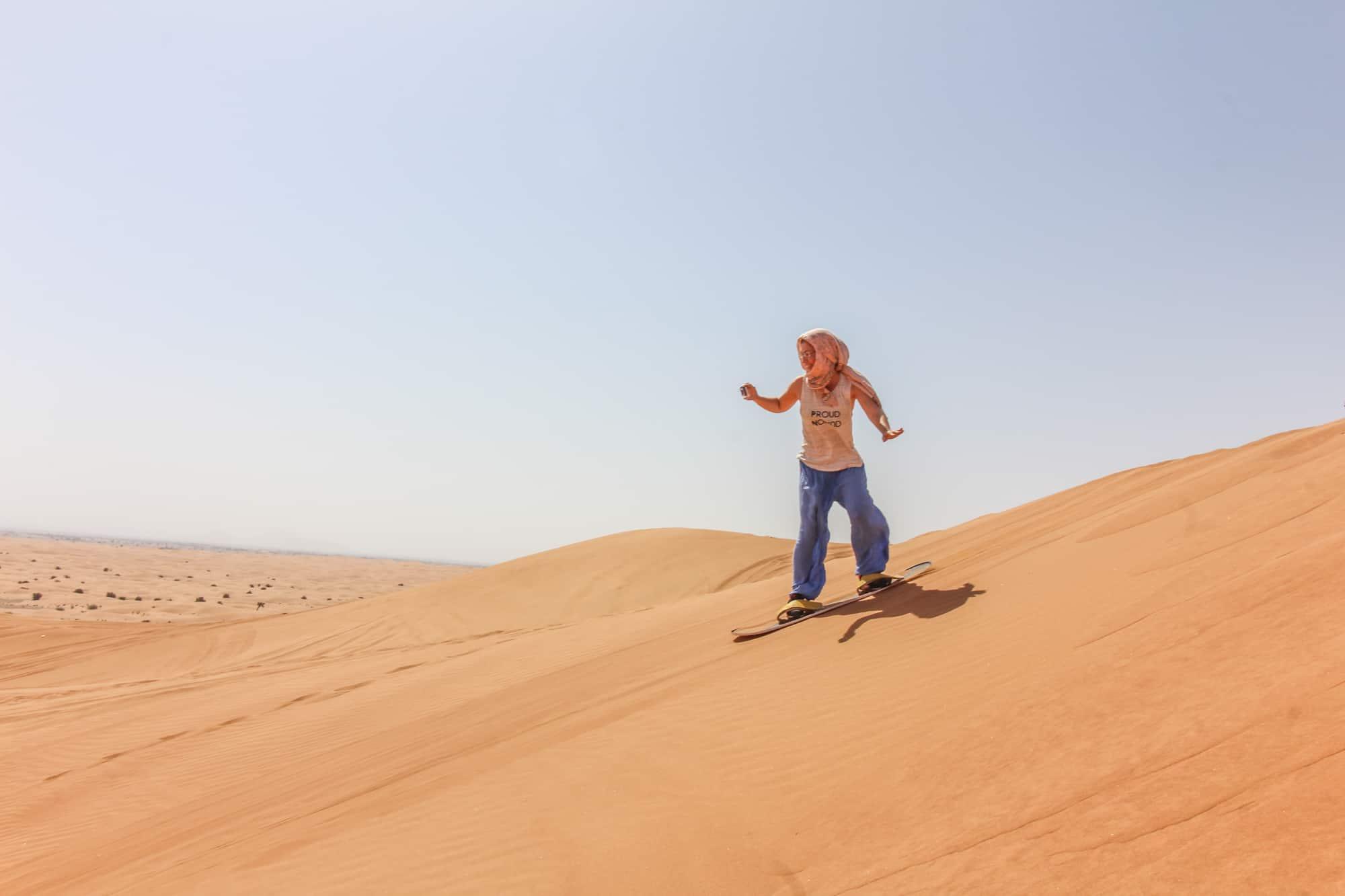 Dune Bashing und Sandboarding in Dubai – Nervenkitzel in den Emiraten