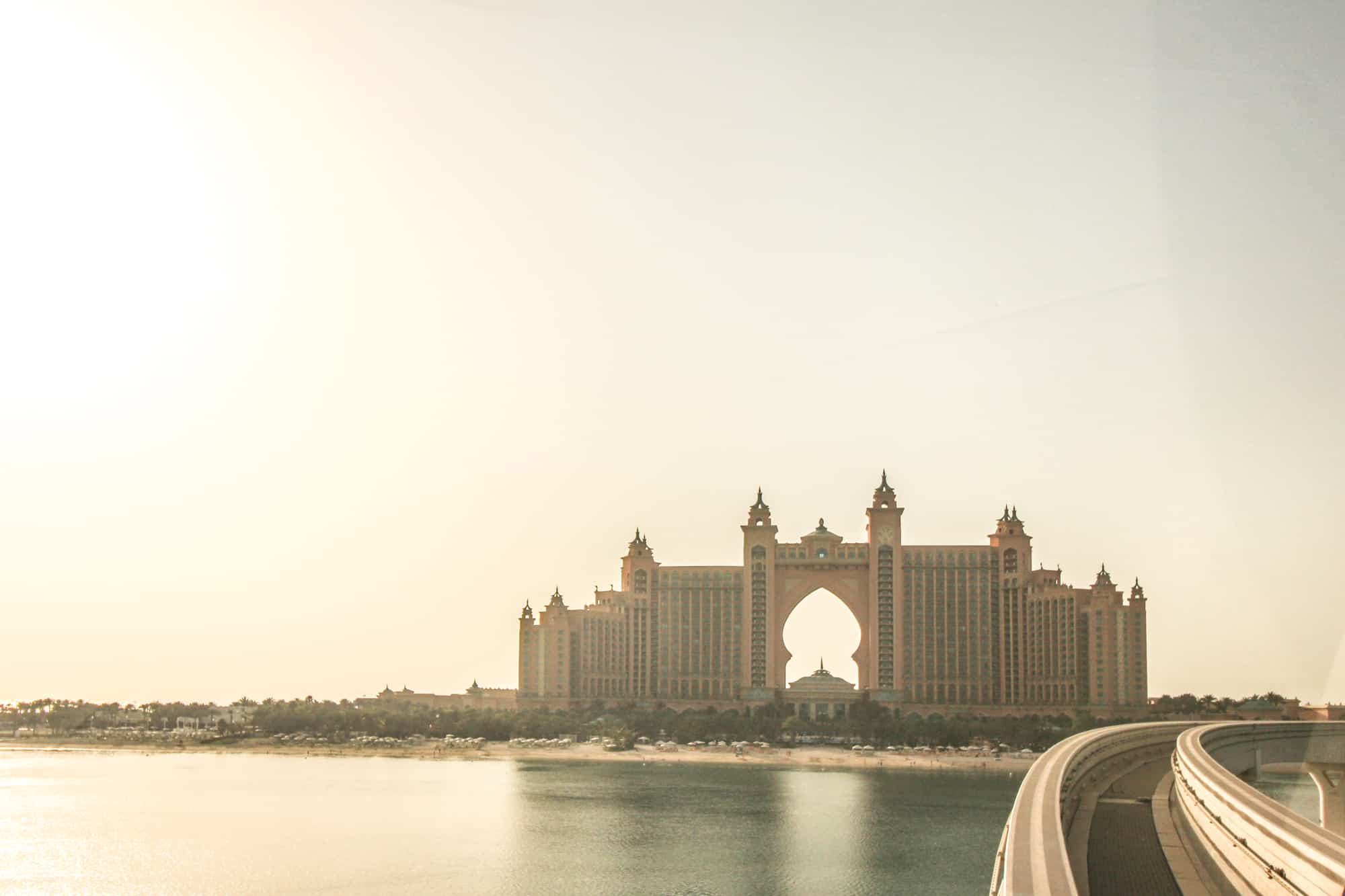 Photo Spots in Dubai – Hotel Atlantis from the Monorail