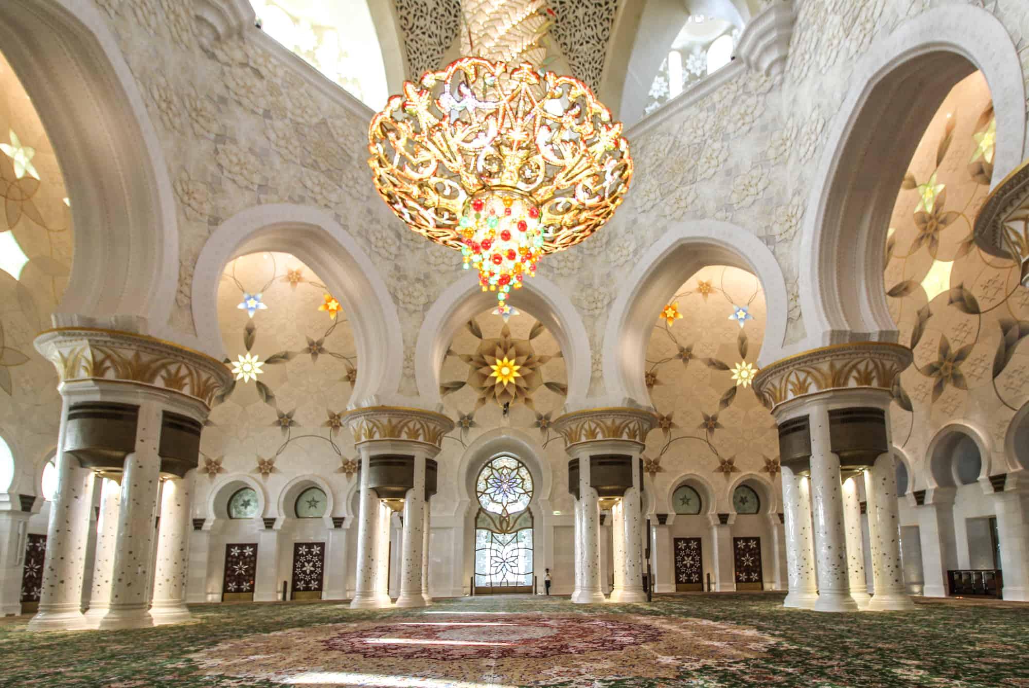 Scheich-Zayid-Moschee im Innern