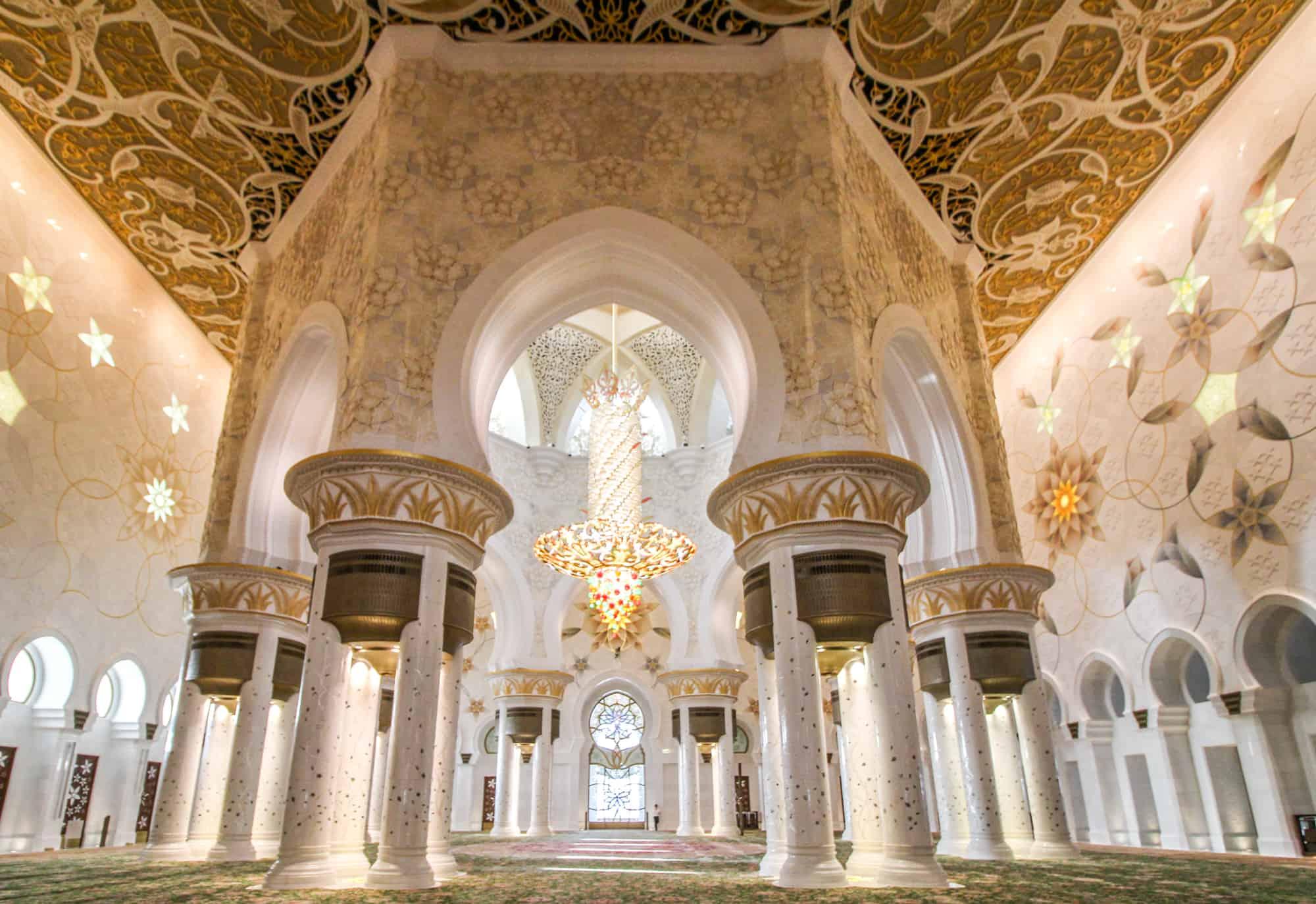 Scheich-Zayid-Moschee von innen