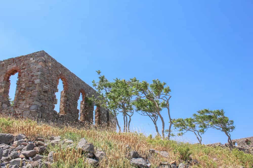 Burg im Sonnenlicht Lemnos