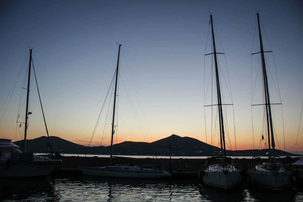 Hafen Paros im Sonnenuntergang
