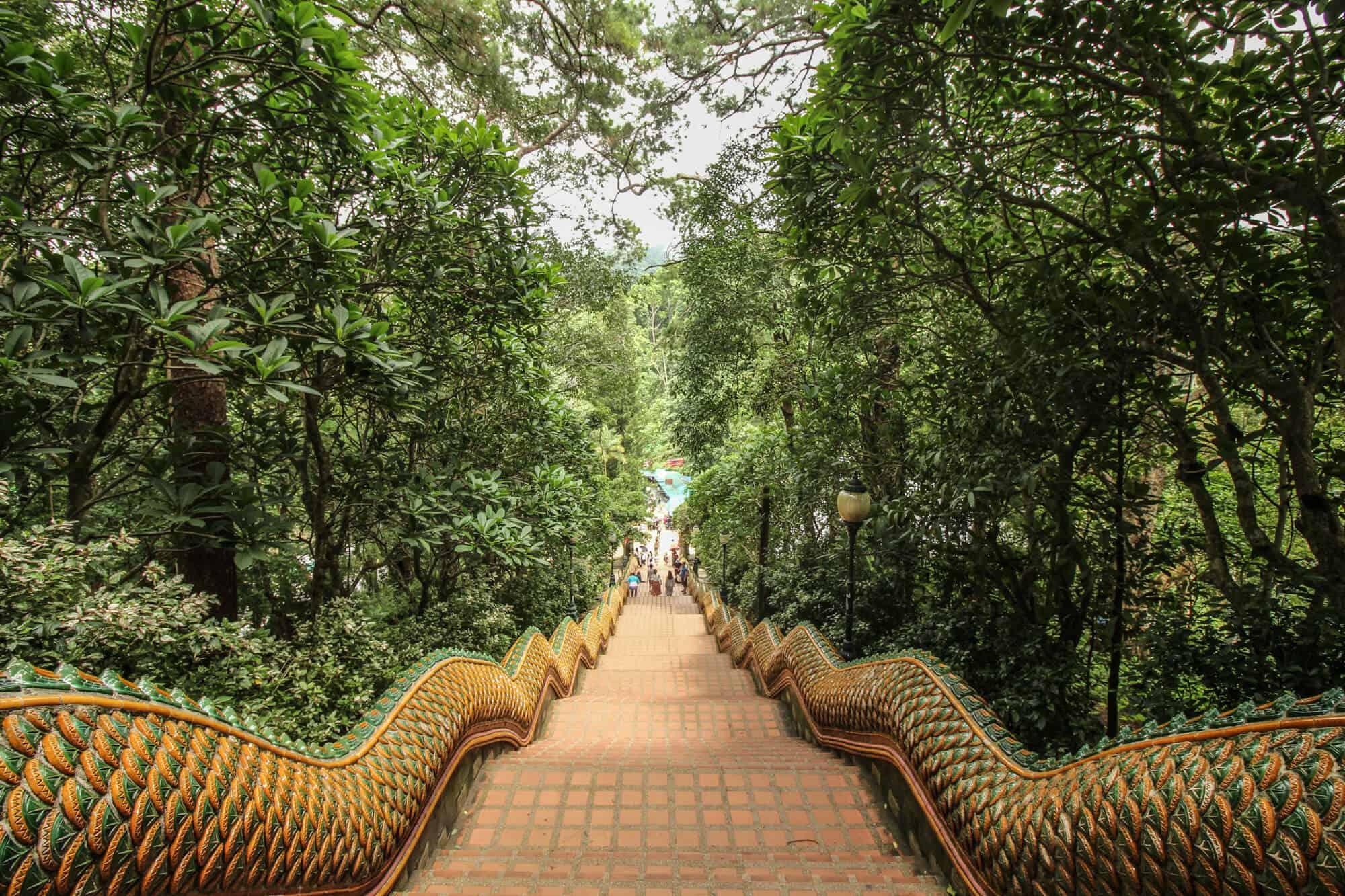 Wat Phra That Doi Suthep Naga-Treppe
