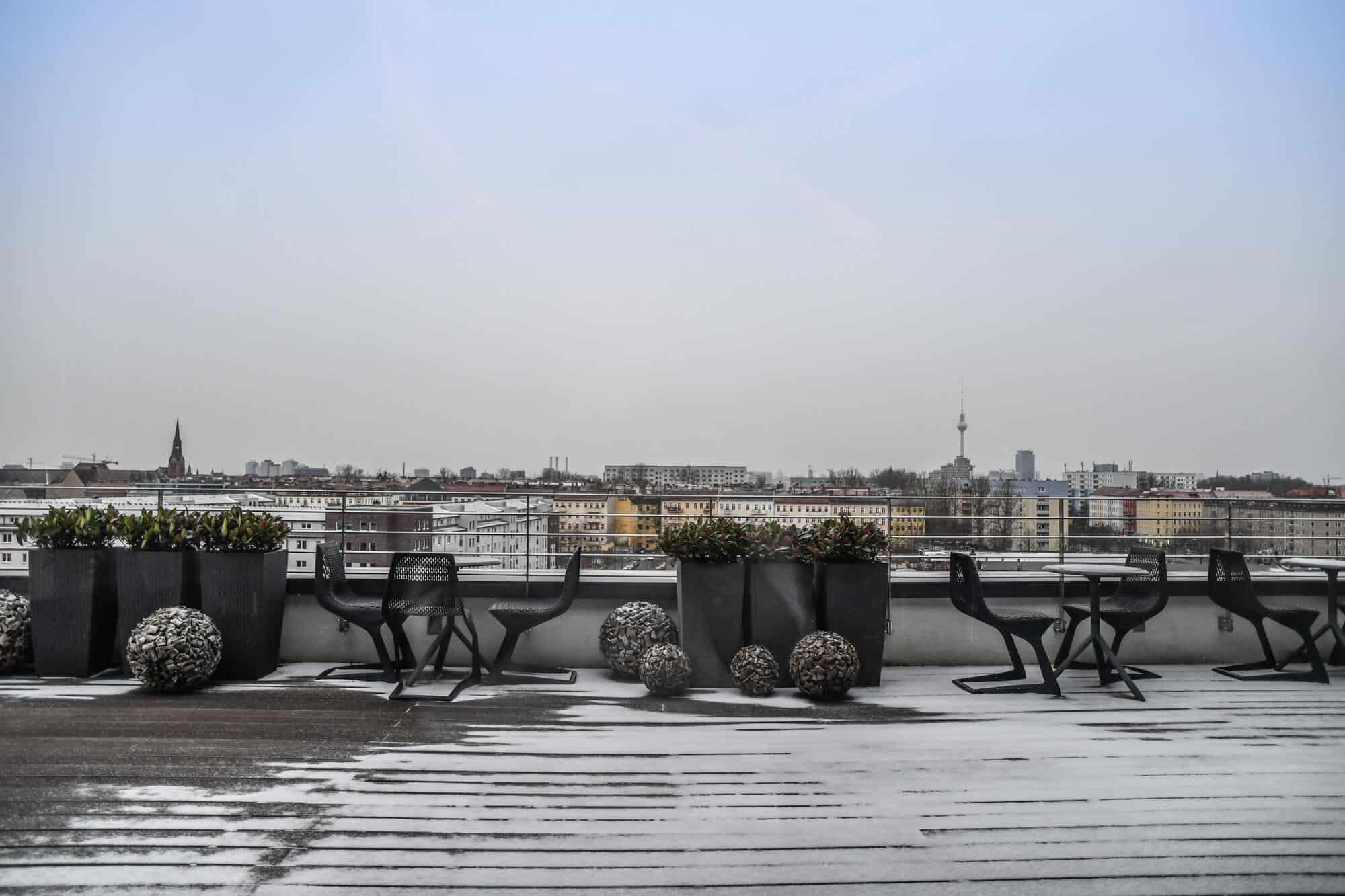 Vienna House Andel's Berlin – Terrasse