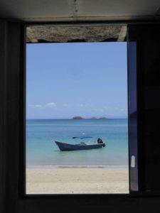 3 Der Blick durchs Fenster auf der Isla Coiba