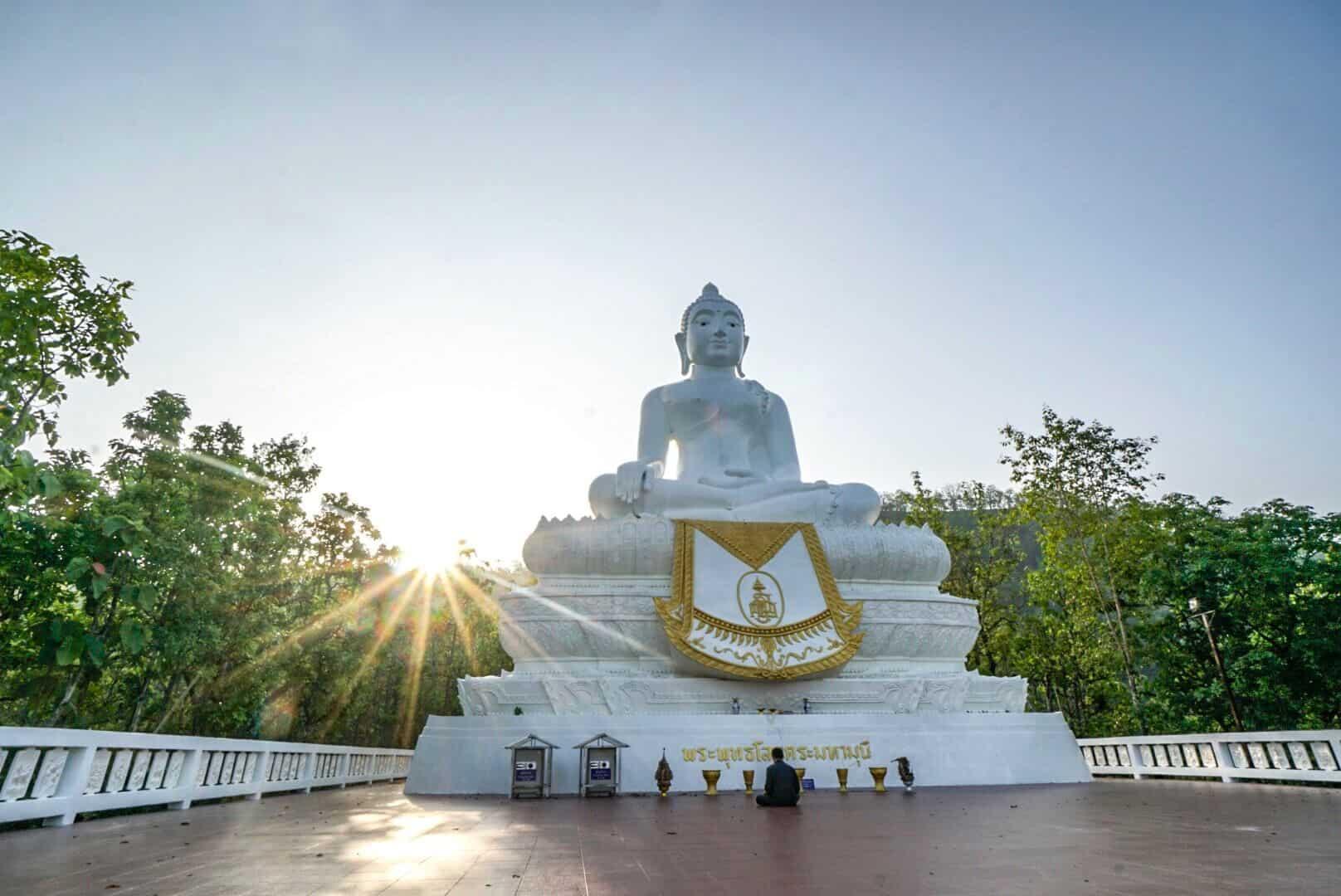 White Biddha Pai Sunrise