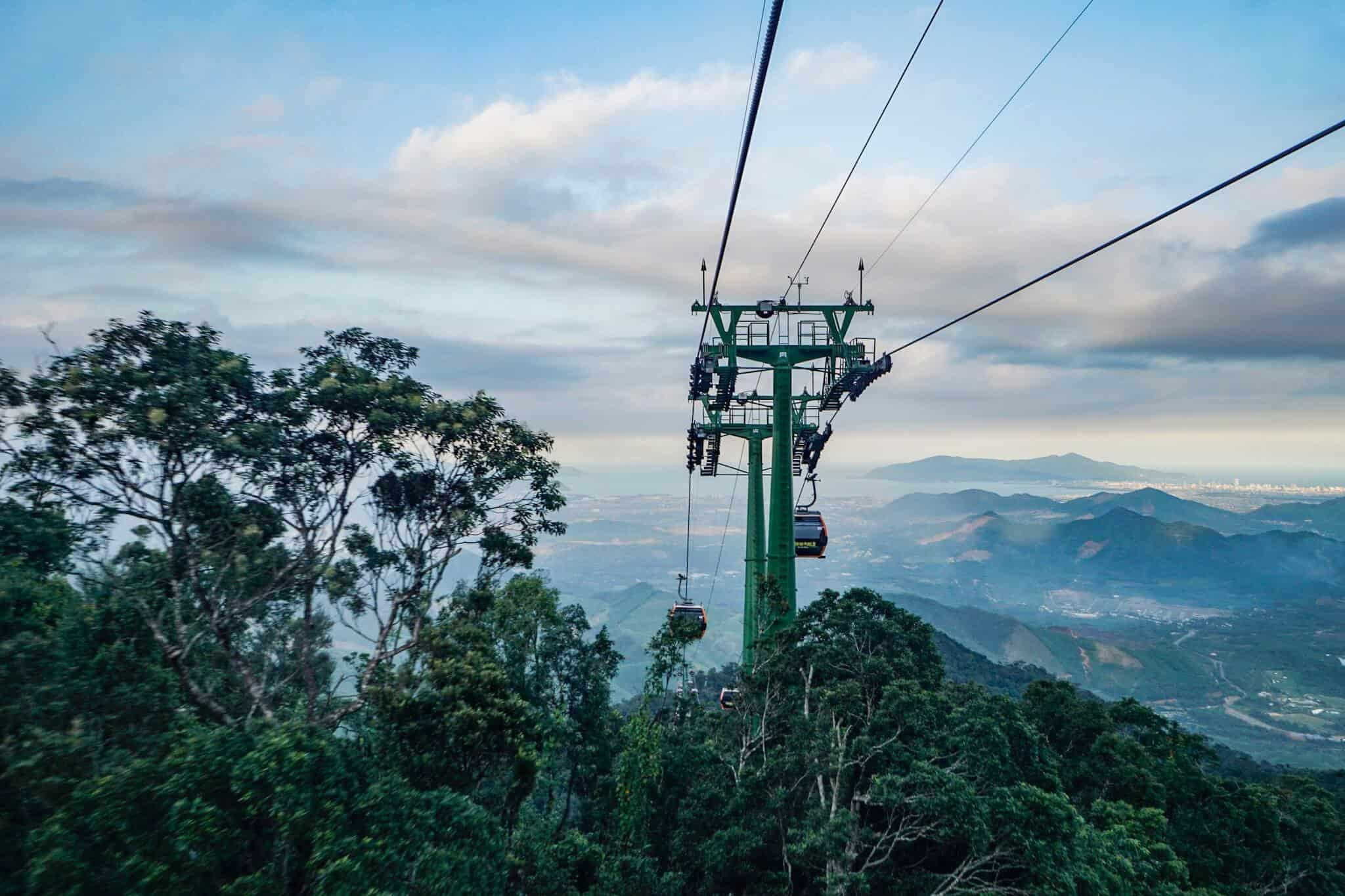 Da Nang Sunworld Cable Car 4