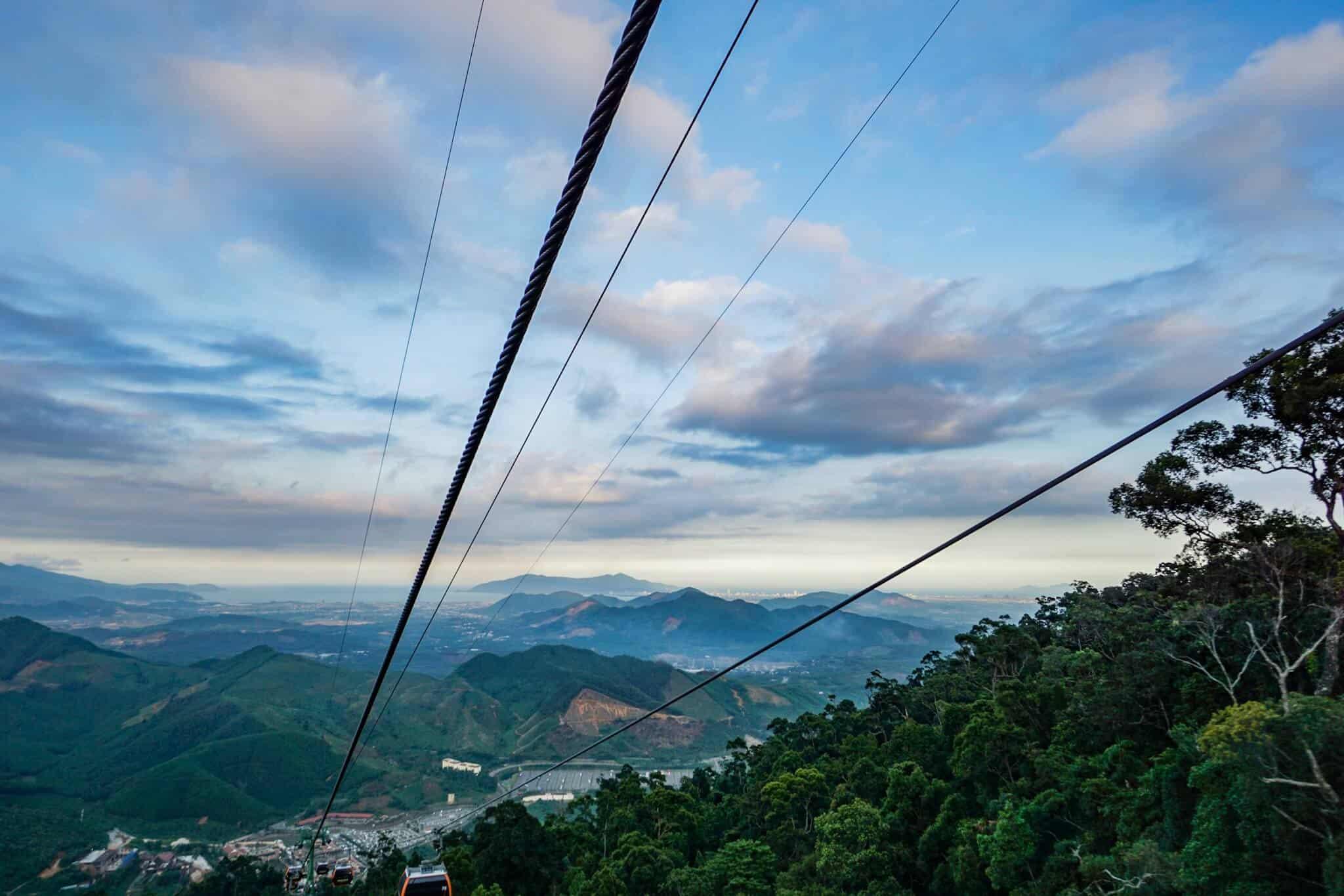 Da Nang Sunworld Cable Car 6