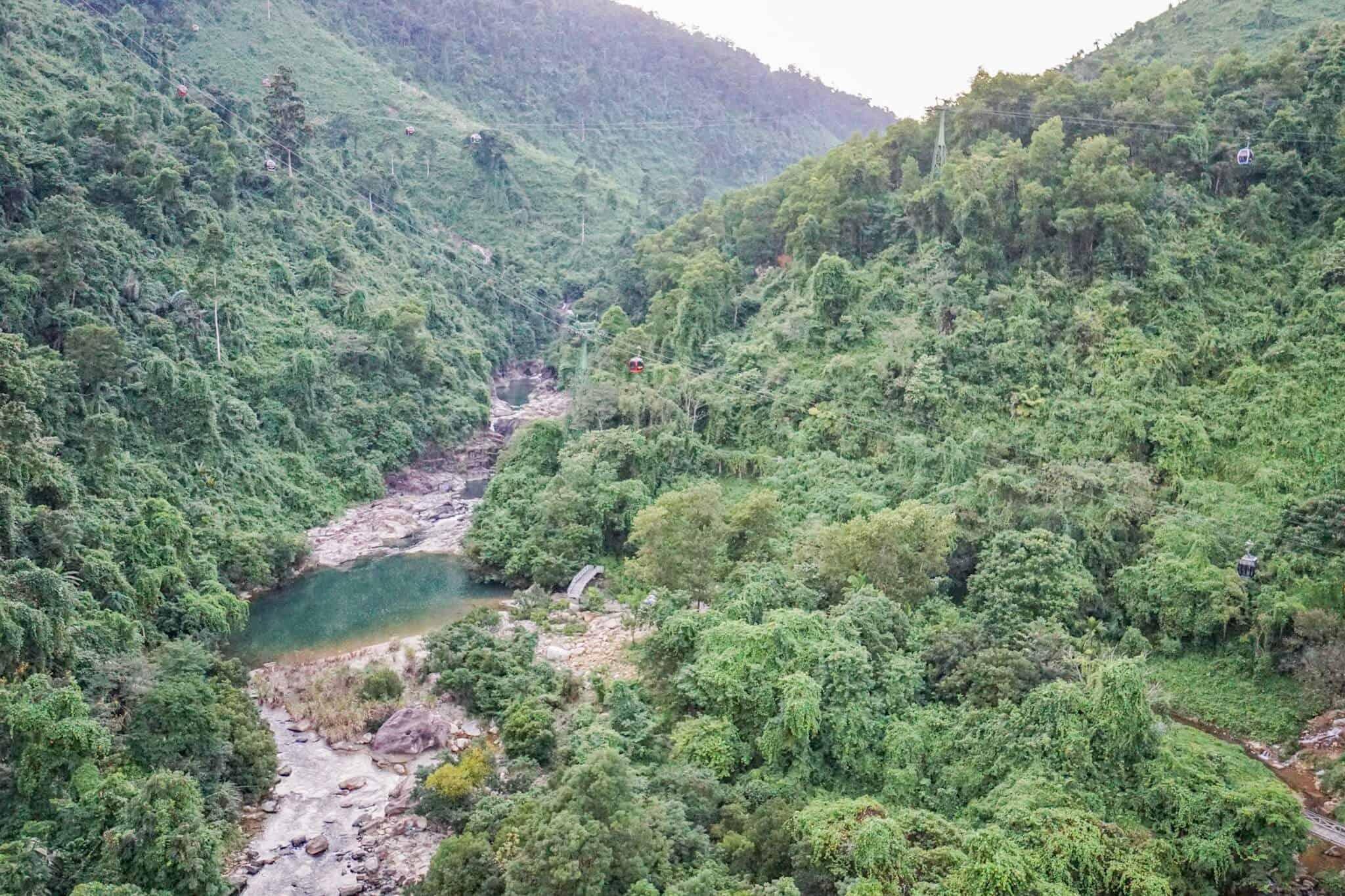 Da Nang Sunworld Cable Car Waterfall