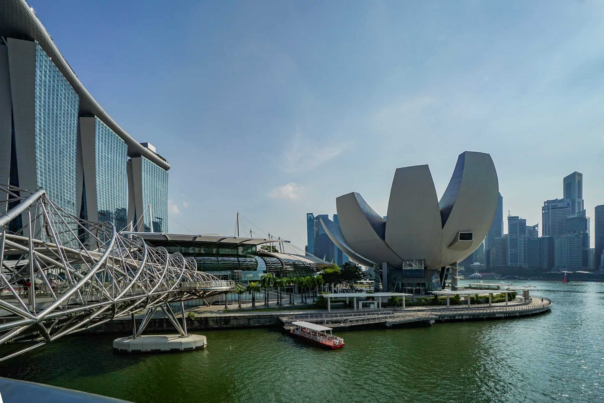 Museum of Artscience – Helix Bridge – Marina Bay