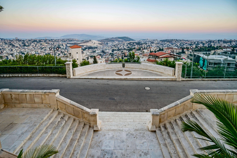 Nazareth 11