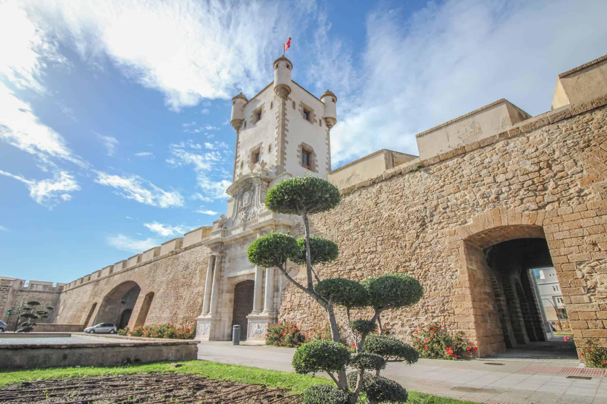 Tor Cadiz