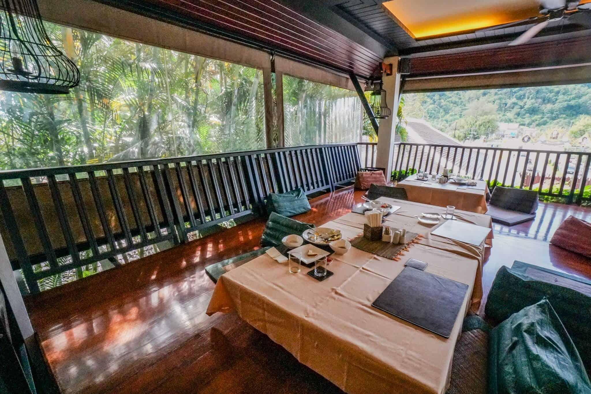 Numsai Khaosuay Resort Ranong Breakfast Room