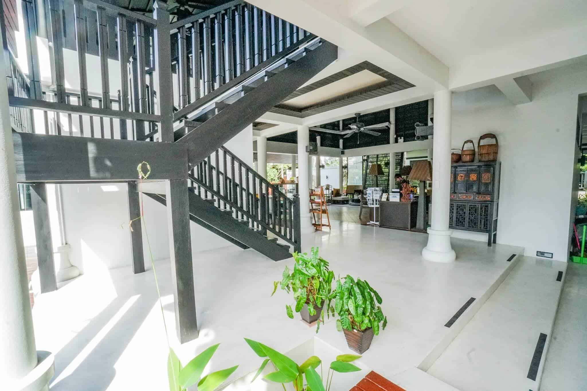 Numsai Khaosuay Resort Ranong Lobby