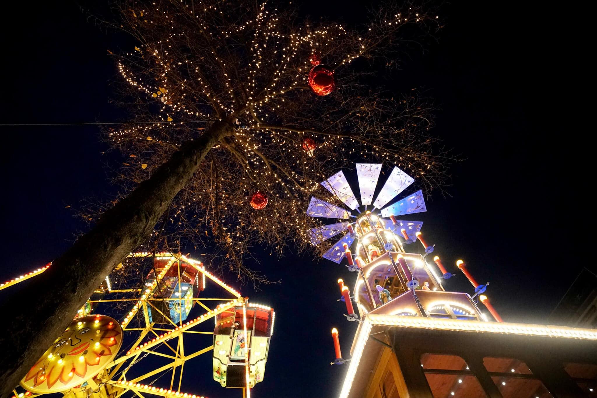 Mannheim im Winter - Mannheimer Weihnachtsmarkt – Die Weihnachtspyramide