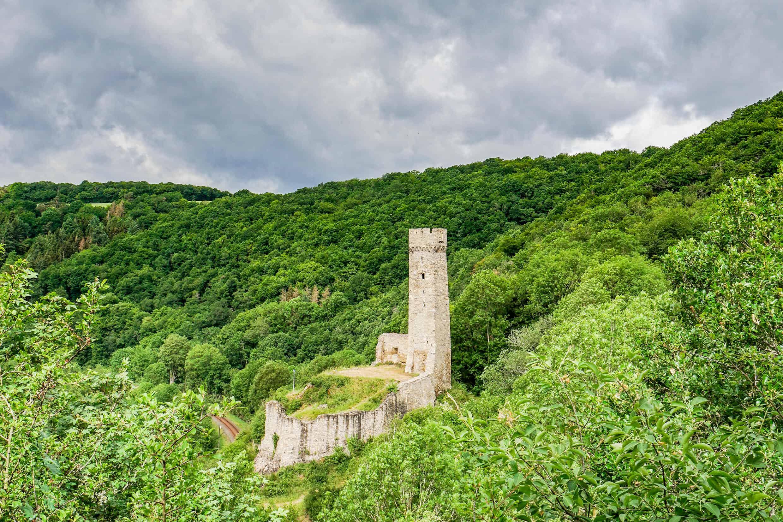 Philippsburg Monreal – Blick von der Löwenburg
