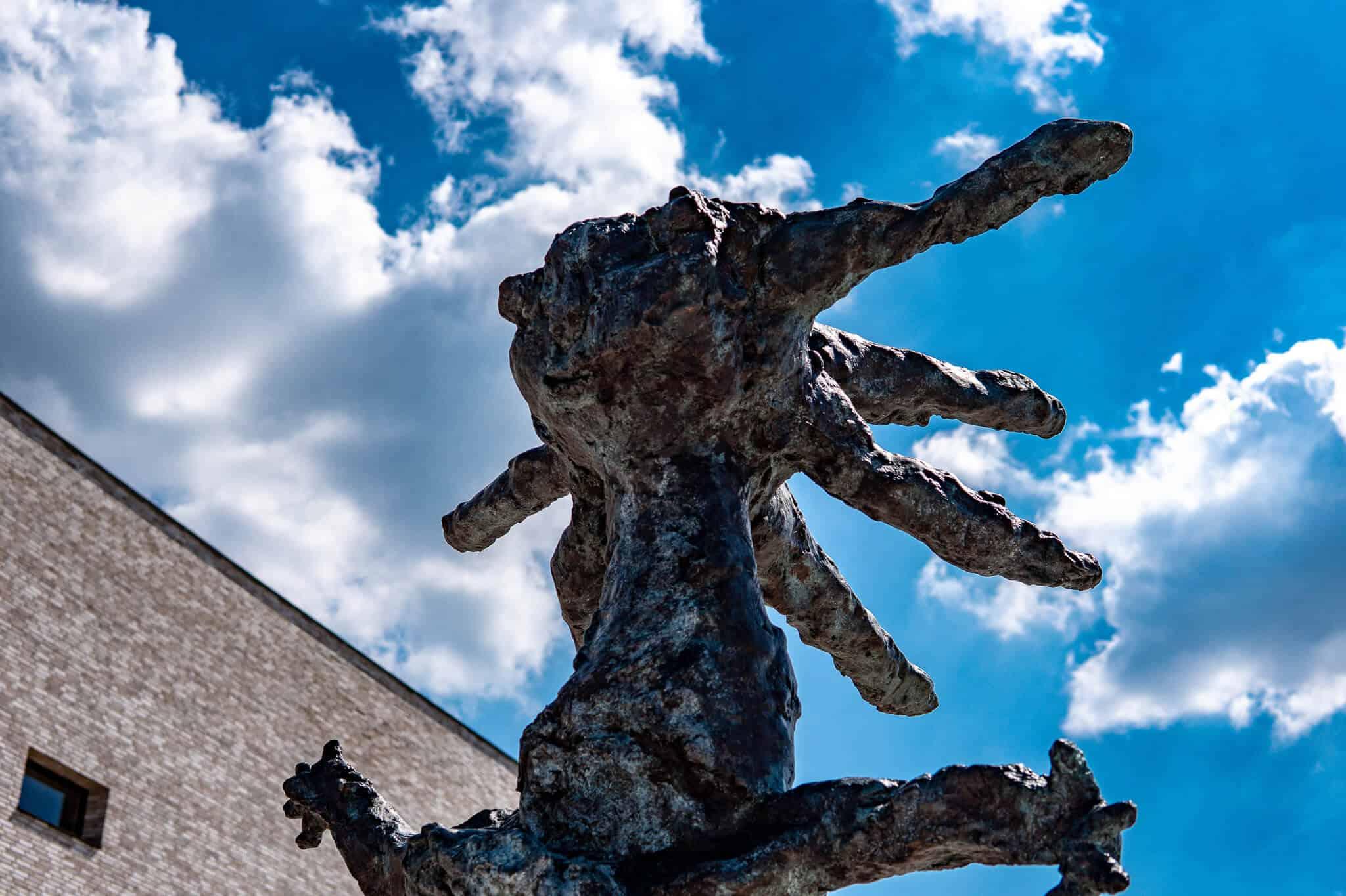 Schneewittchen Skulptur Lohr am Main 3