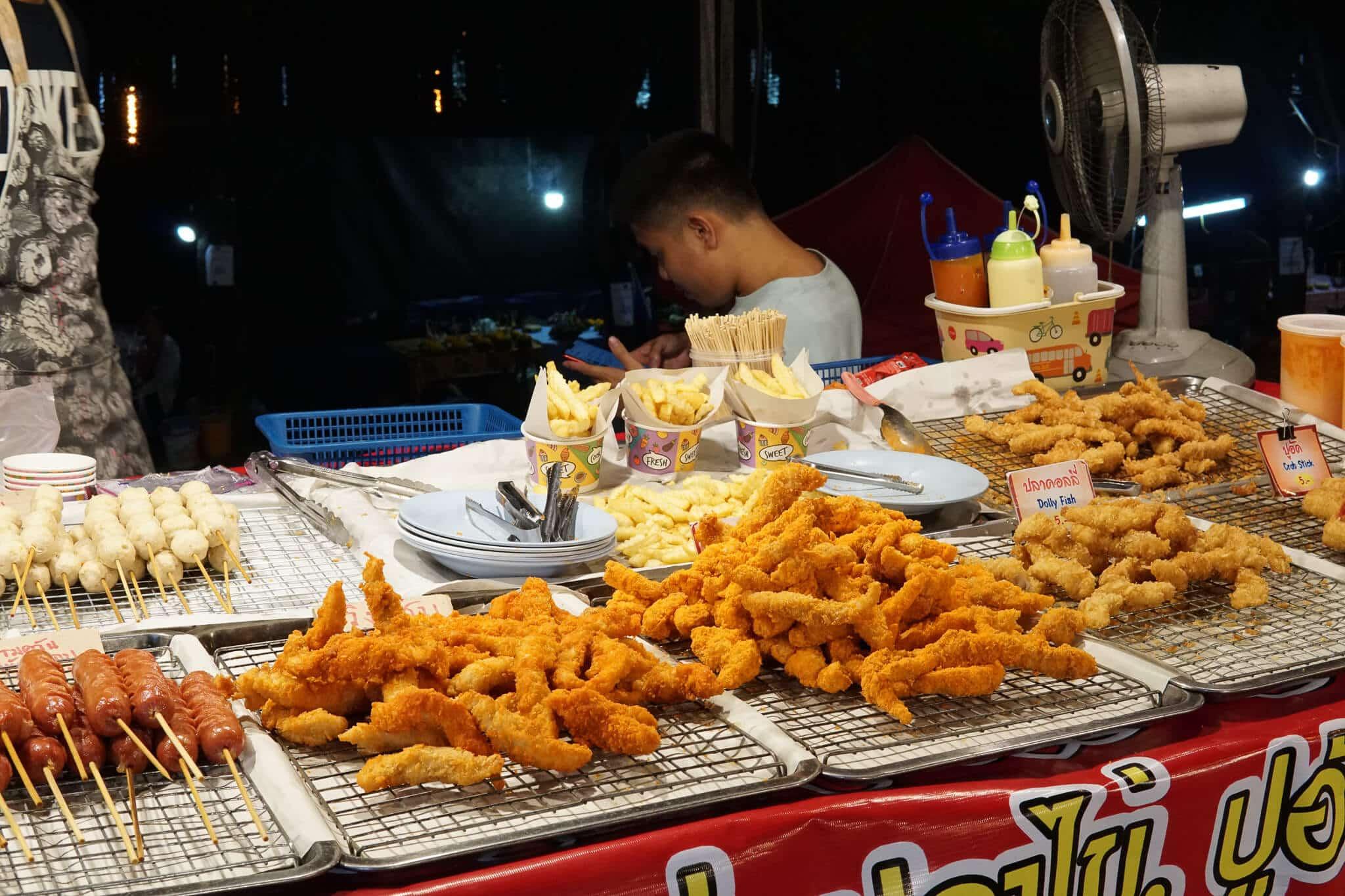 Street Food Loy Krathong