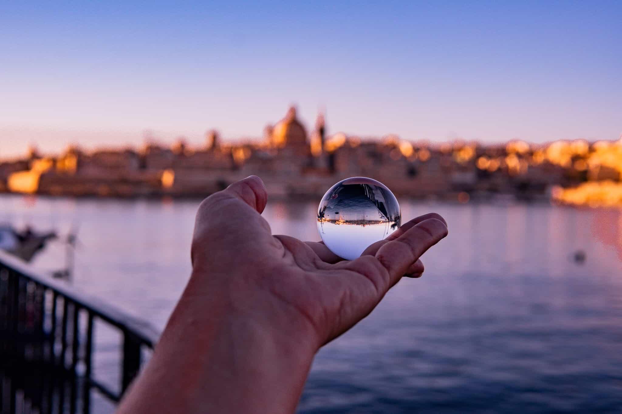 Valletta durch einen Lensball