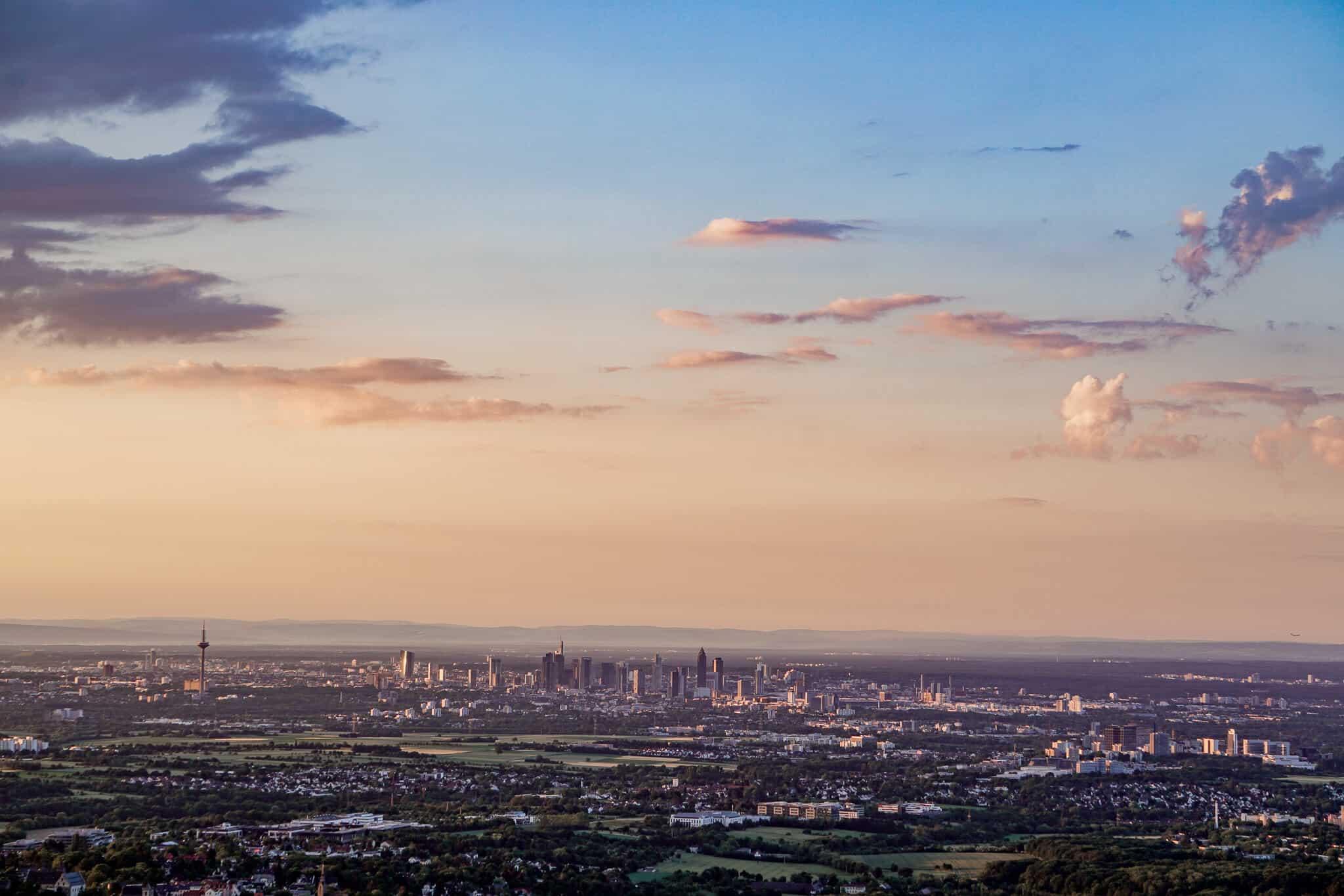 Frankfurt im Sonnenaufgang
