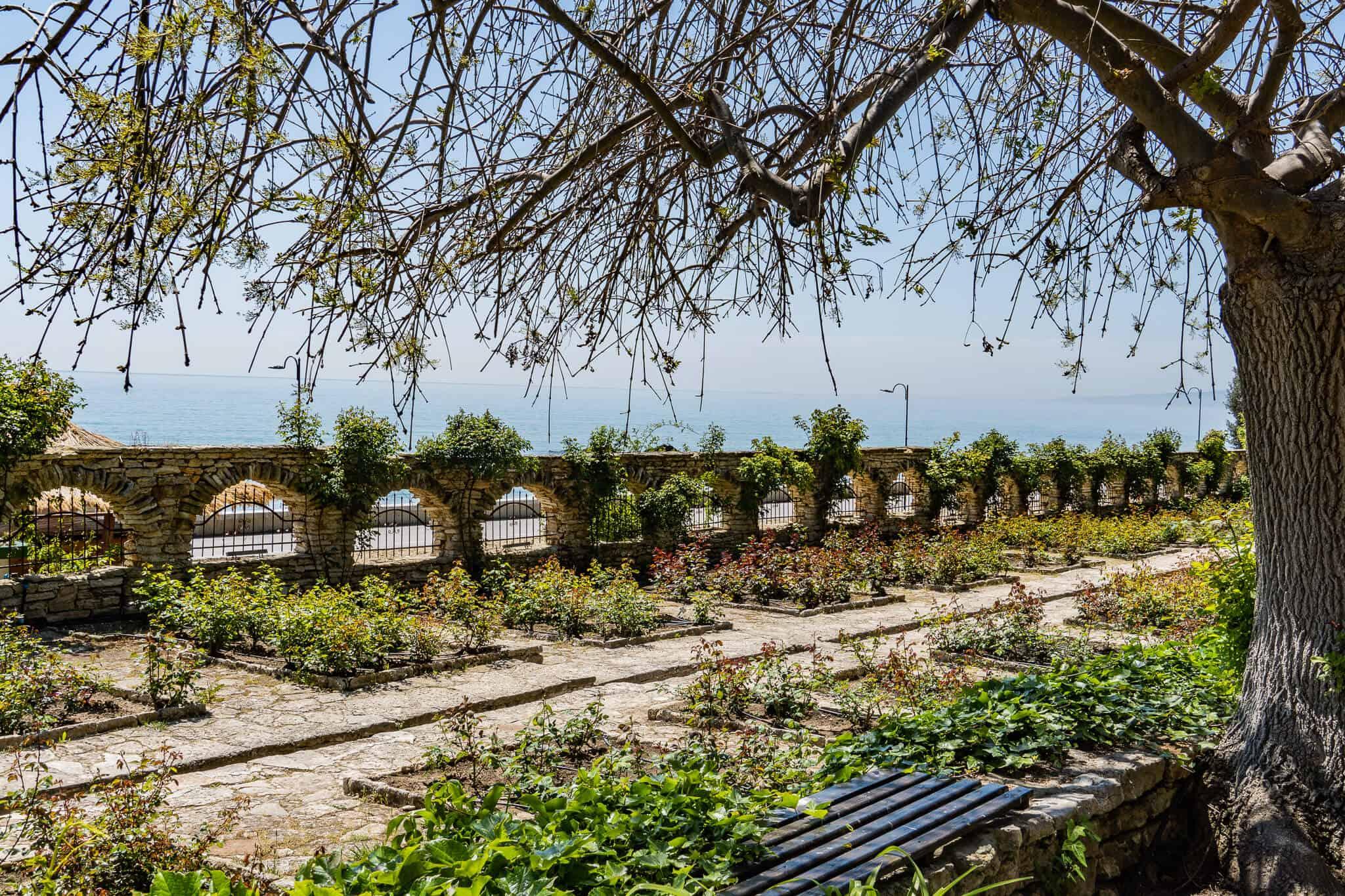 Blick aufs Meer vom botanischen Garten Balchik