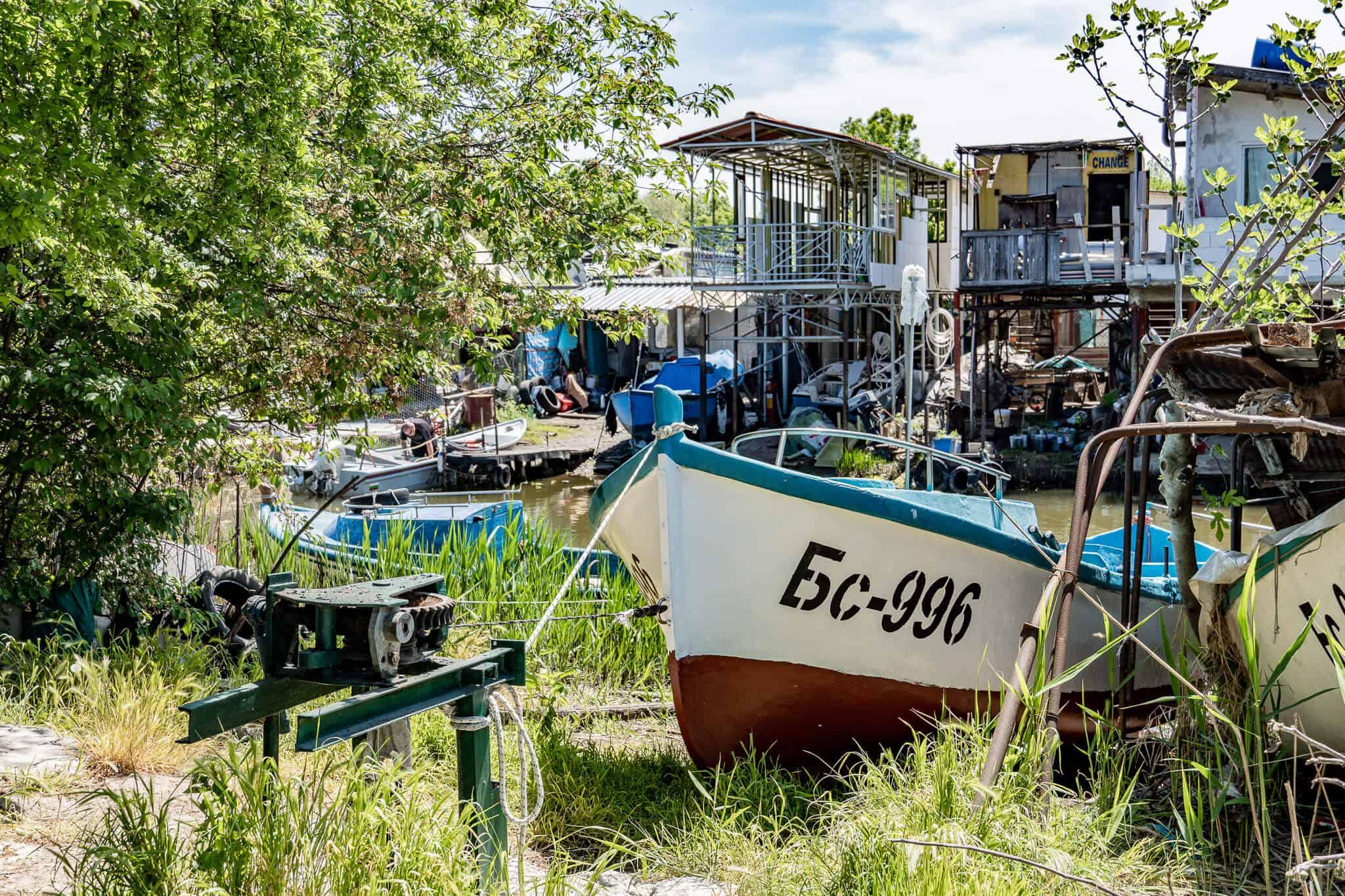 Boot und Kanal Chengene Skele