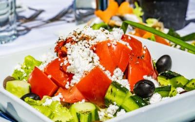 Schopska Salat – Kulinarische Bulgarienreise in 5 Zutaten
